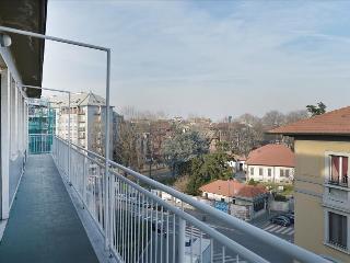 Amazing 3bdr w/huge, lovely terrace