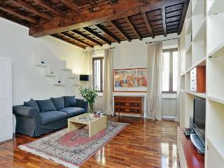 Wonderful duplex apt in Trastevere