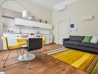 Vivacious 1bdr apt in great location