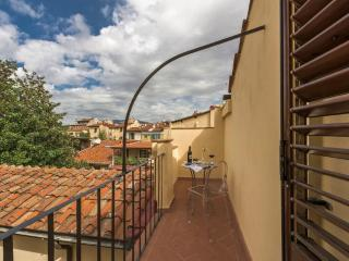 Nikita - Florence near central train station 1 bedroom
