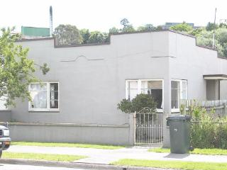 Central Oamaru House - Reed St.,  Oamaru (7040142)
