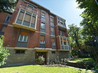 Charming 1bdr apt with balcony