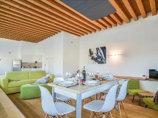 Meneghino 36 - Amazing 3bdr with terrace