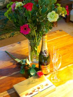 Champagne and flowers for special occasions