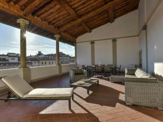 Loggia Santa Croce - Florence center 3 bdr with loggia