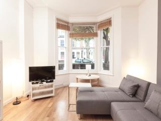 Delightful 1bdr with garden