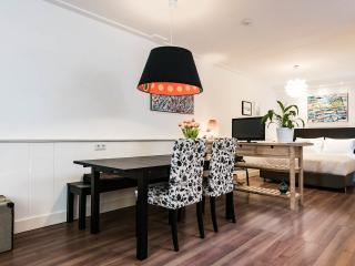 Privé appartement op de verdieping van de grond in het centrum!, Amsterdam
