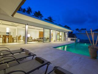 AWESOME VIEWS - VILLA BELAIR-