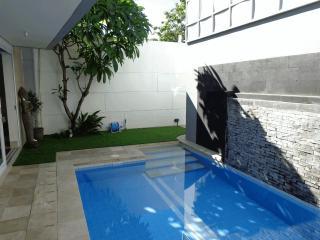 V Villas, Villa 2, Jimbaran