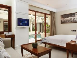 One Bedroom Lagoon Suite (Pool Access) - 1
