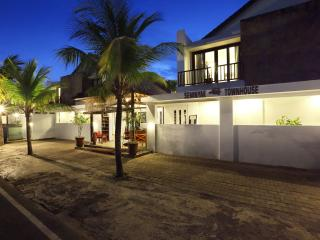 Apartment Two Bedrooms Seminyak Townhouse Bali - 1