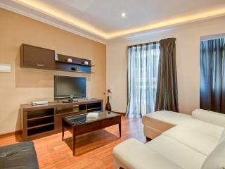 Modern, 3 bedrooms, Free Wifi, Close to the Beach, Sliema