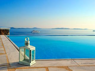 Villa Superview Chrysantina, Mykonos Town