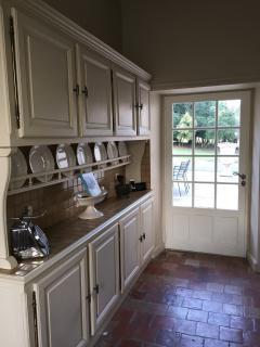 A well equipped kitchen in the cool kitchen with open fire and quality appliances