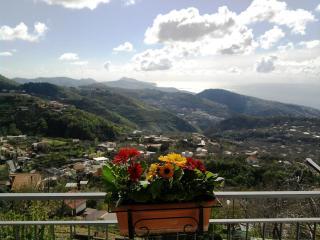 Breath-taking 2 bedroom holiday home near Sorrento