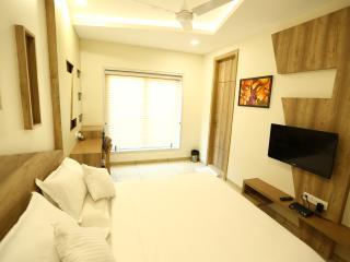 Hotel Daksh Residency