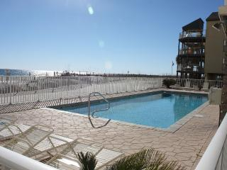 Just Updated Direct Gulf Front 1 Bedroom, Gulf Shores