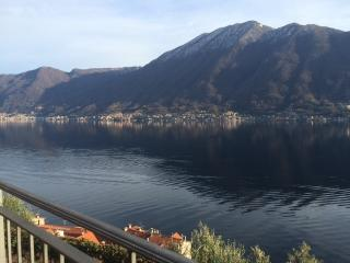 Colonno small apartment with view on the Lake Como