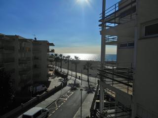 106B Apto en 1 linea playa y vistas directas, Cambrils