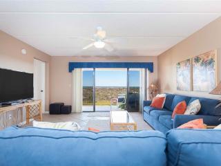 Sea Place 11107, 2 Bedroom, Beach Front, Ground Floor, Pool, WiFi, Sleeps 6, Saint Augustine