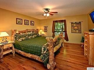 Beautiful log cabin bedroom furniture.  Very comfortable king sized bed.