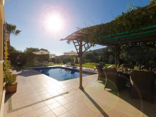 Villa Kypria - A Secluded 3 Bed, 2 Bath Villa near Paphos Airport