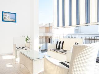 A Pochi Metri Dal Mare - Appartamento al primo piano con terrazzo