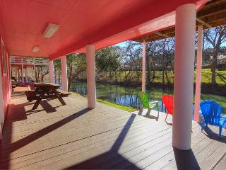 Pink House #2. 4 bed 2 bath Riverfront home on River Road!