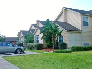 3/2 Town house in Resort Community 20 min- Disney, Davenport
