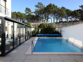 Villa with 4 bedroom and private pool at Nazaré, Nazare