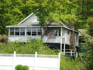 Charming 1920's cottage in Ocean Point, Maine, East Boothbay