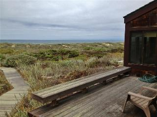 Private 3BR End Unit Condo on Monterey Bay w/Expansive Dune Views - 150 Yards from the Beach!, Moss Landing