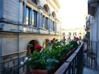 Bilocale Verga in centro storico