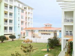 Atlantic Breeze 101B Beautiful Beach Condo! *Ocean View*, Virginia Beach