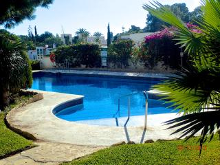 Casa Palmeras - South Facing on a Quiet Complex close to the Beach!