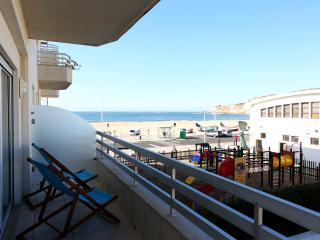 Two-bedroom apartament with a beautiful sea view, Nazaré