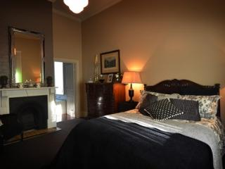 Clement House Bed And Breakfast, Benalla