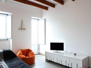Típico apartamento com 2 quartos no Sítio (Nazaré)
