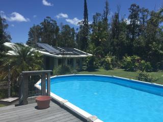 Family Home Retreat In Hilo