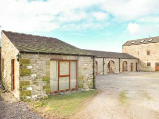 THE STABLES AT LARKLANDS barn conversion, luxurious, en-suite, woodburner, Richm