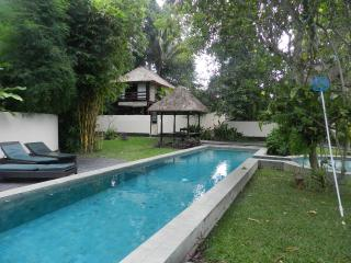 Chai House - Elegant family getaway, Lodtunduh