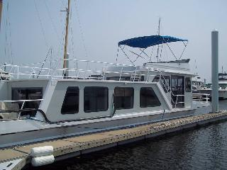 Newly Renovated Houseboat between Canton and Fells, Baltimore