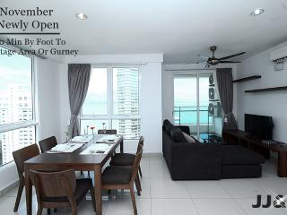 V) New 2 Rooms Suite In George Town_Sea View