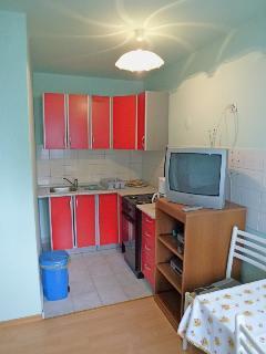 Dvojka(2+1): kitchen