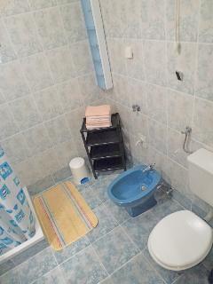 Dvojka(2+1): bathroom with toilet