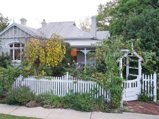 Durack House Bed and Breakfast Camellia Room