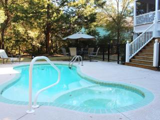 Summertime Retreat - Private Pool, Pawleys Island