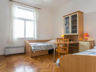 Rooms Kazo  2 - 2 bedrooms