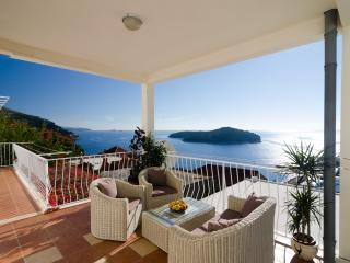 Apartments Isabora - Two Bedroom Apartment with Terrace and Sea View
