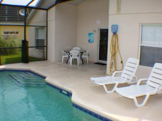 Book Instantly! Crystal Cove - 4 Bedroom Private Pool Home, Kissimmee